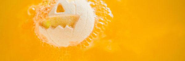 Ajándékba vagy magadnak – cuki fürdőbombák Halloween-ra!